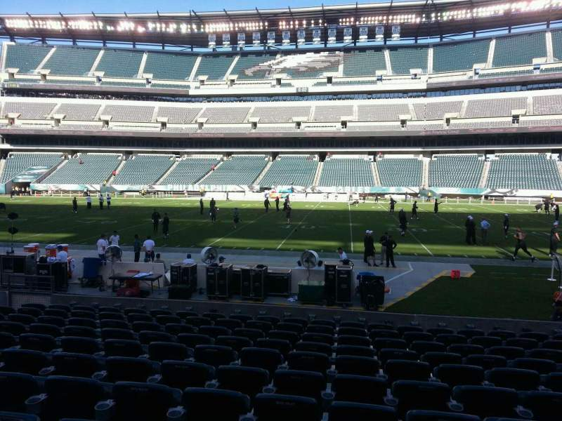 Seating view for Lincoln Financial Field Section 102 Row 11 Seat 12