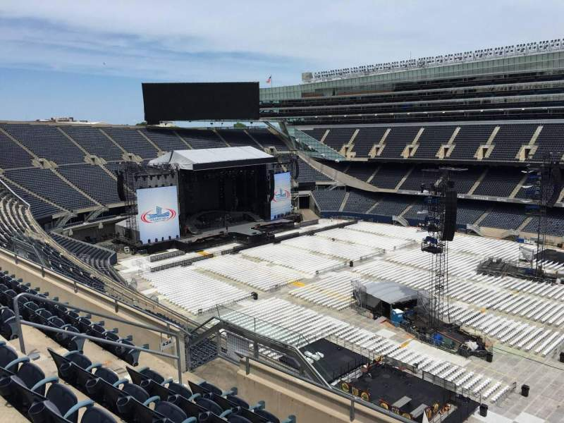 Seating view for Soldier Field Section 434 Row 6 Seat 11