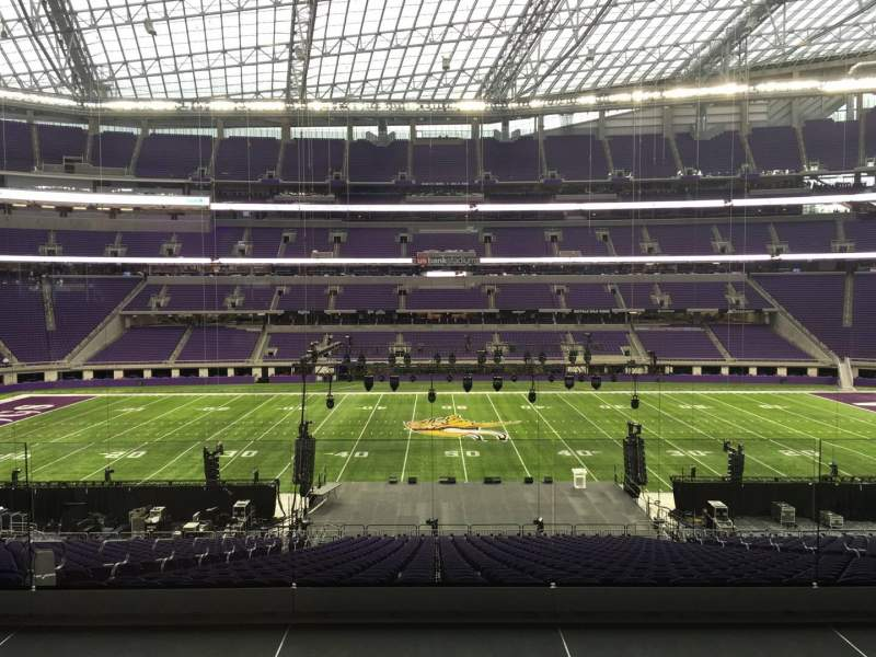 Seating view for U.S. Bank Stadium Section V3 Row Acc