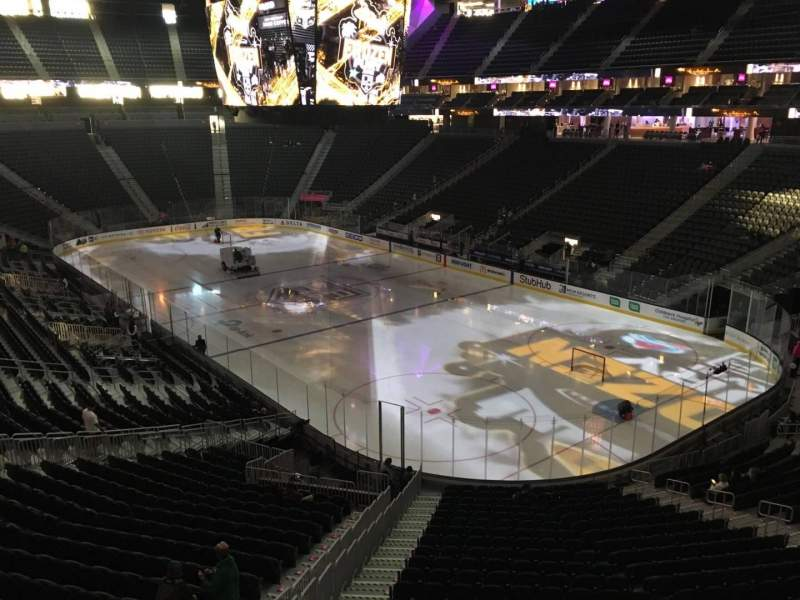 Seating view for T-Mobile Arena Section 117 Row A Seat 7