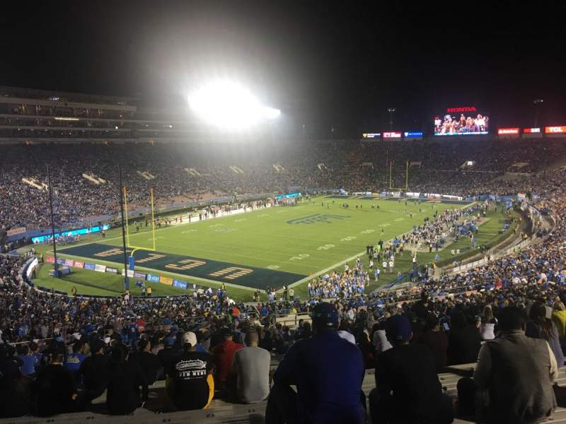Seating view for Rose Bowl Section 28-L Row 68 Seat 13