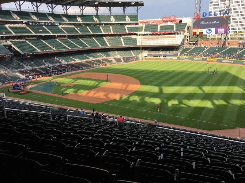 Seating view for Truist Park Section 215 Row 19 Seat 17