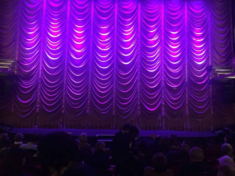 Seating view for Folies Bergère Section Orch Row G Seat 1