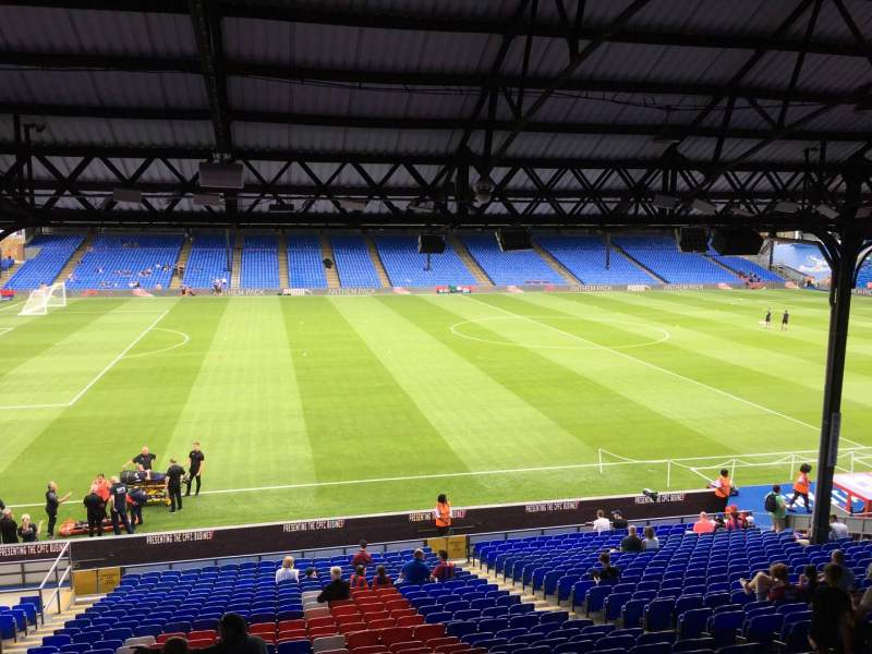 Seating view for Selhurst Park Section D Row 30 Seat 75