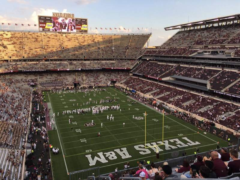 Seating view for Kyle Field Section 324 Row 10 Seat 2