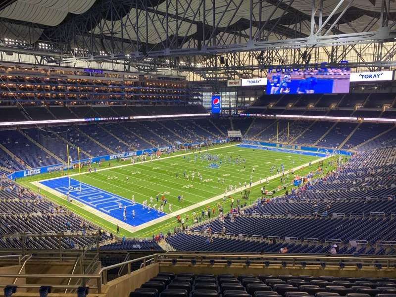 Seating view for Ford Field Section 324 Row 10 Seat 10
