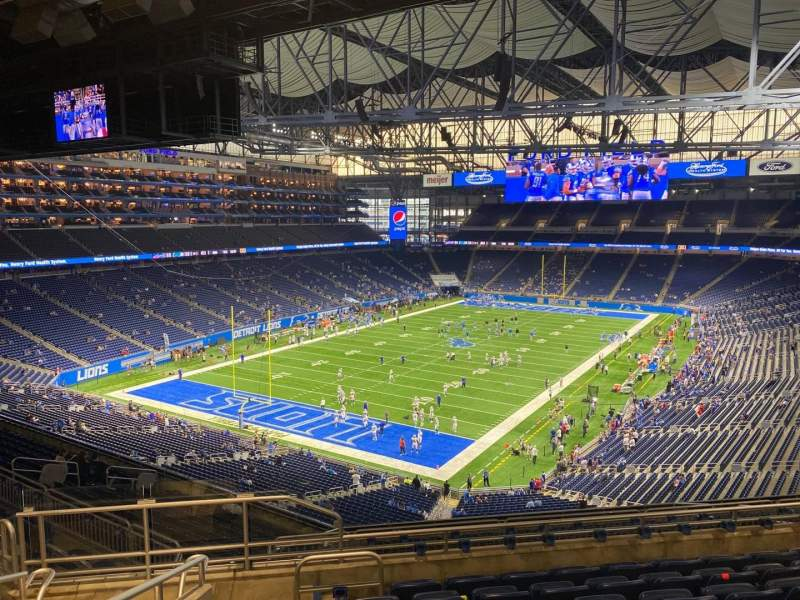 Seating view for Ford Field Section 322 Row 8 Seat 8