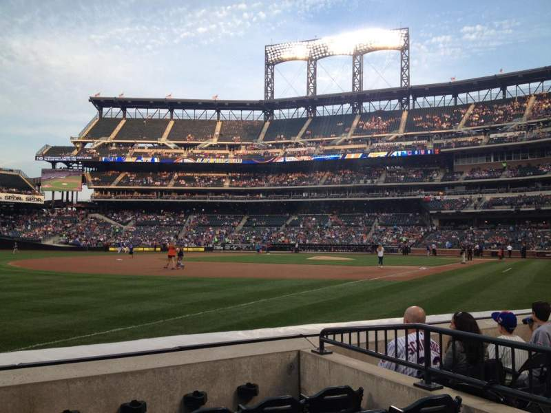 Seating view for Citi Field Section 126 Row E Seat 16