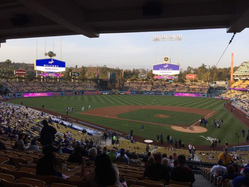 Seating view for Dodger Stadium Section 113LG Row T Seat 1