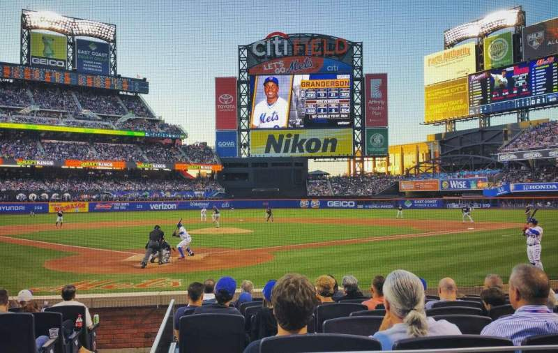 Seating view for Citi Field Section 14 Row 9 Seat 1