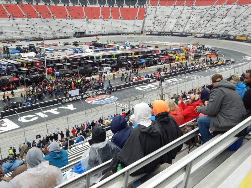Bristol Motor Speedway, section K, row 31, seat 10 - Food City 500 turn: Front Stretch, shared by galowe48