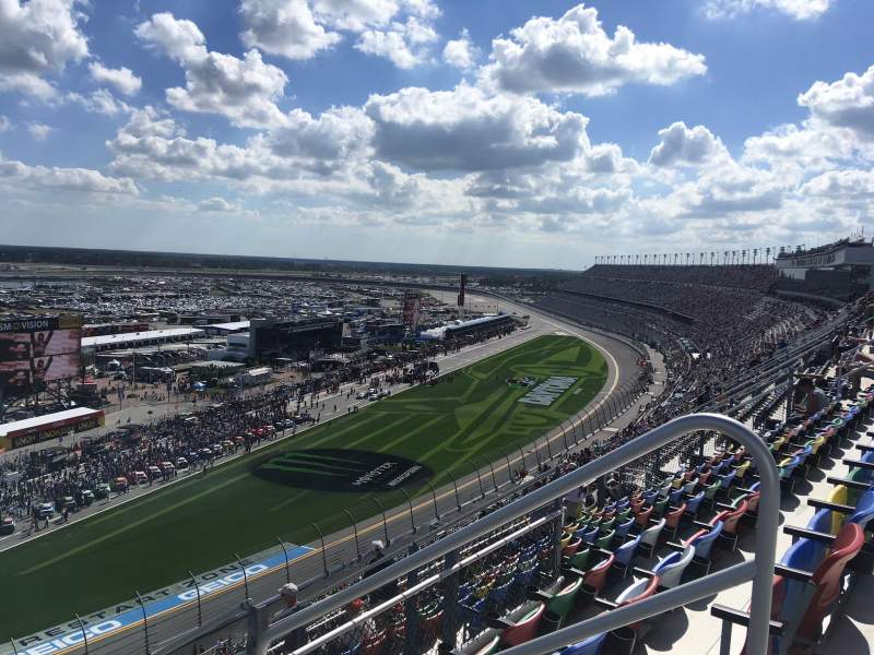 Seating view for Daytona International Speedway Section 433 Row 31 Seat 3