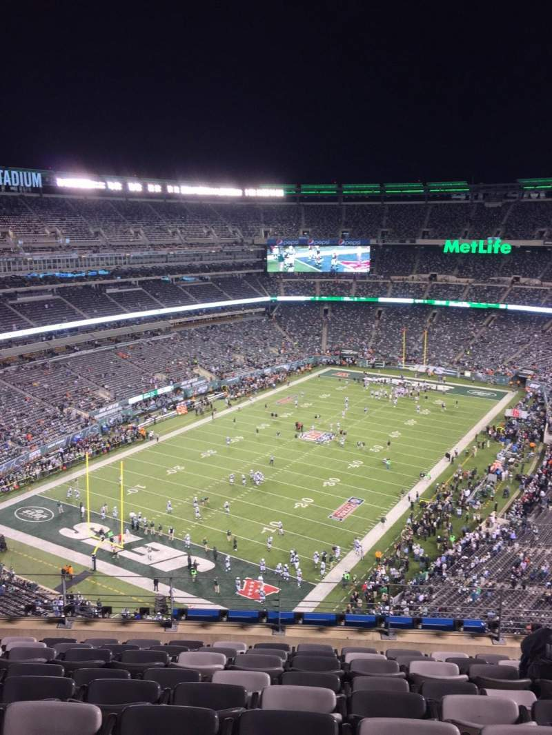 Seating view for MetLife Stadium Section 322 Row 13 Seat 11