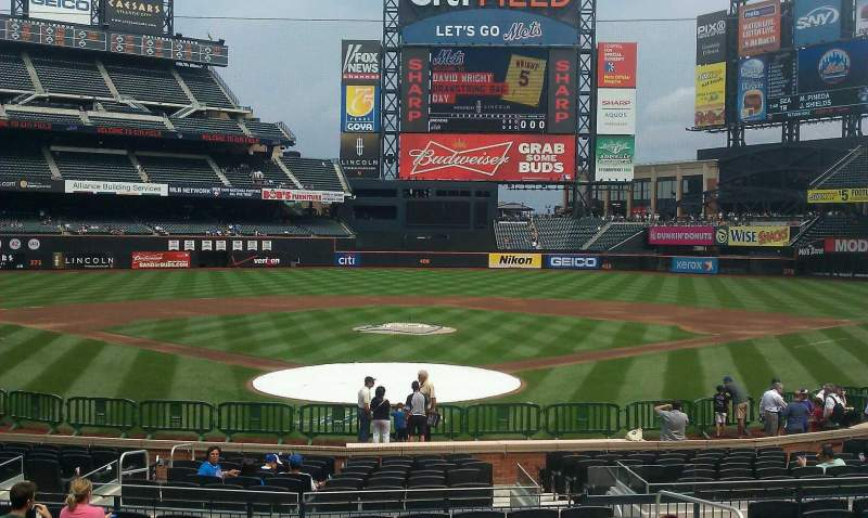 Seating view for Citi Field Section 15 Row 18 Seat 12