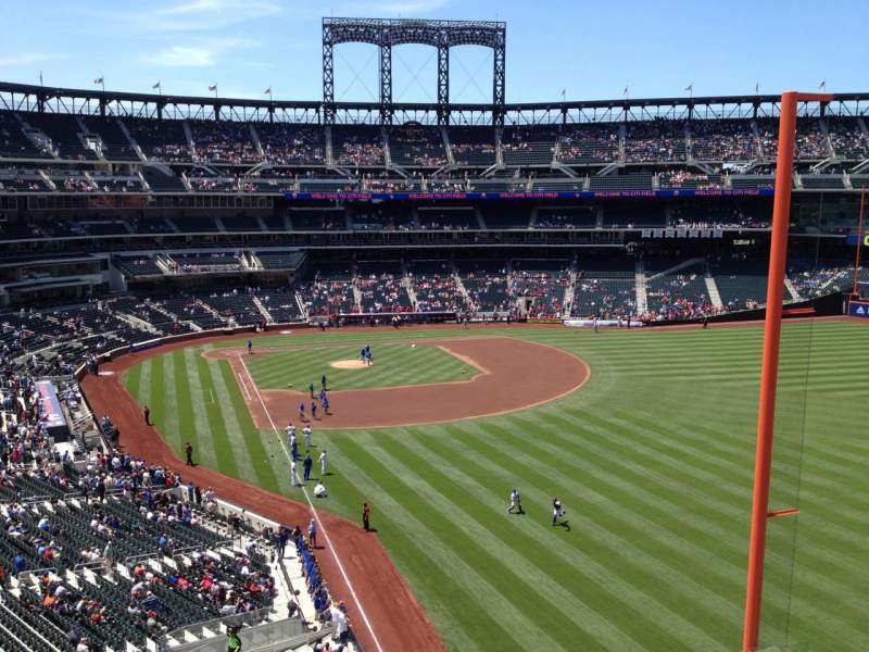 Seating view for Citi Field Section 305 Row 14 Seat 1