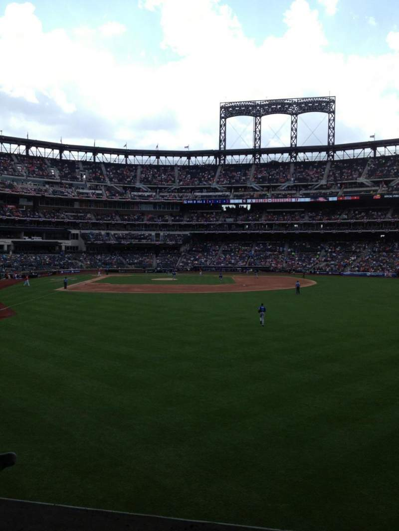 Seating view for Citi Field Section 102 Row 9 Seat 22