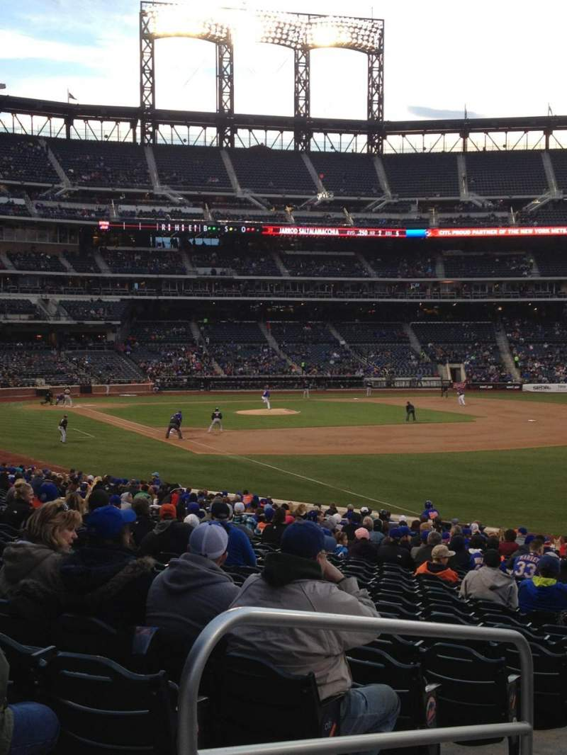 Seating view for Citi Field Section 107 Row 26 Seat 2