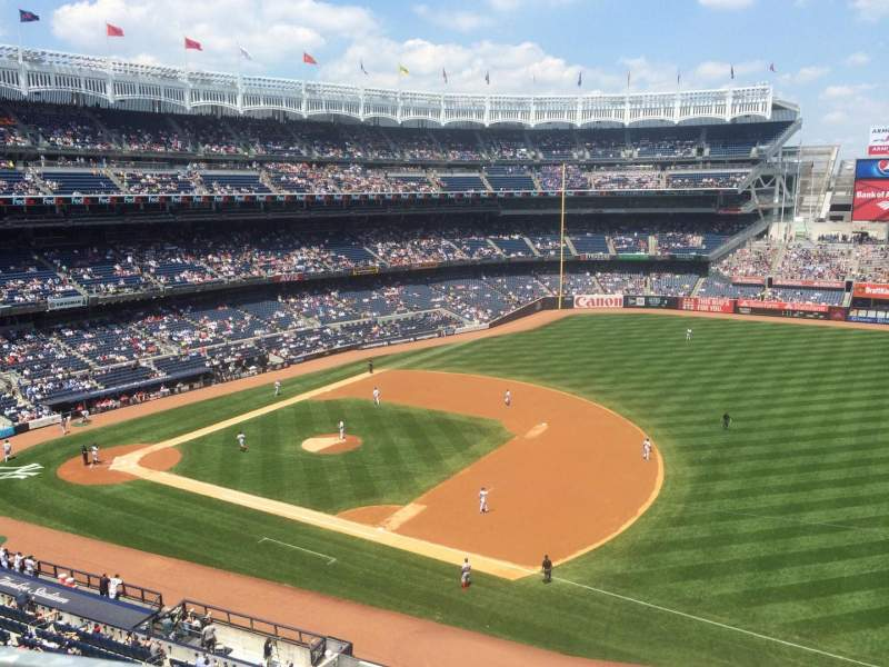Seating view for Yankee Stadium Section 313 Row 1 Seat 5