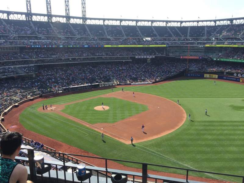 Seating view for Citi Field Section 404 Row 3 Seat 18