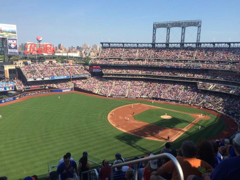 Seating view for Citi Field Section 528 Row 10 Seat 2