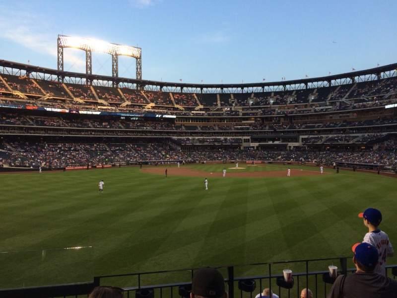 Citi Field, section: 137, row: 4, seat: 24