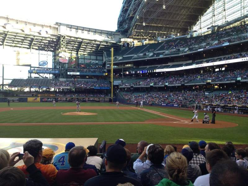 Seating view for Miller Park Section 121 Row 10 Seat 8