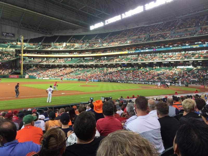 Seating view for Minute Maid Park Section 111 Row 15 Seat 6