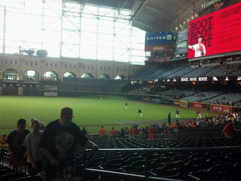 Seating view for Minute Maid Park Section 127 Row 29 Seat 18