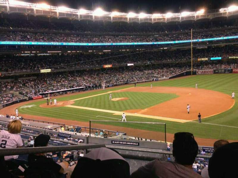 Seating view for Yankee Stadium Section 213 Row 4 Seat 14