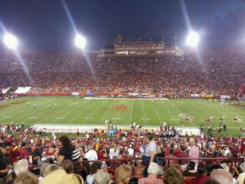 Seating view for Los Angeles Memorial Coliseum Section 22H Row 50 Seat 105