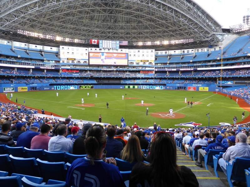 Rogers Centre, section: 123L