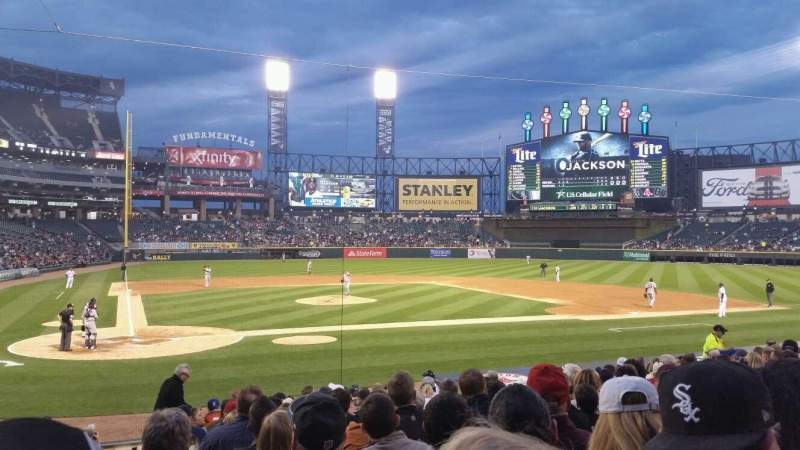 Seating view for Guaranteed Rate Field Section 128 Row 17 Seat 10