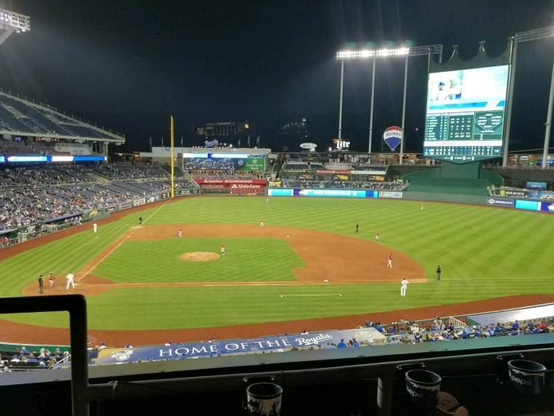 Kauffman Stadium, section: 315, row: B, seat: 1