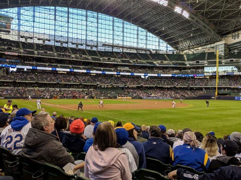 Seating view for Miller Park Section 109 Row 10 Seat 18