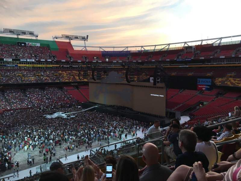 FedEx Field, section: 324, row: 19, seat: 7