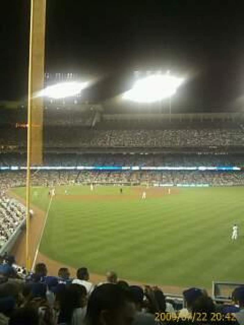Seating view for Dodger Stadium Section 52RS Row E Seat 6