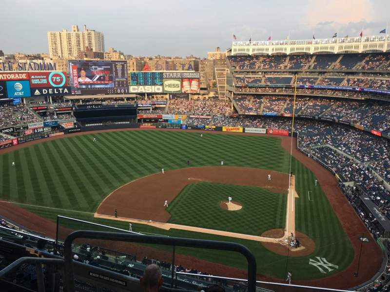 Seating view for Yankee Stadium Section 422 Row 4 Seat 17