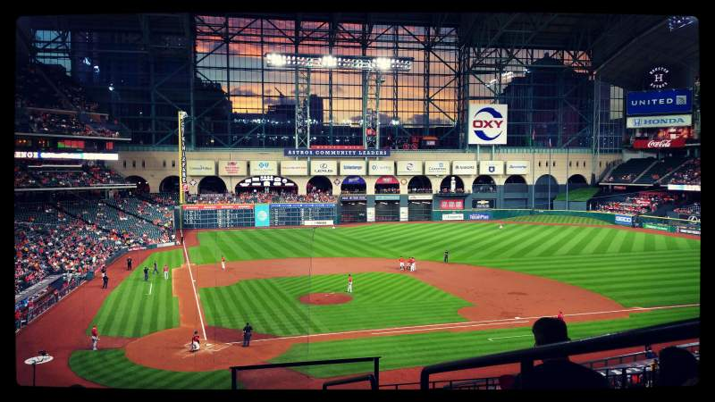Seating view for Minute Maid Park Section 222 Row 7 Seat 16