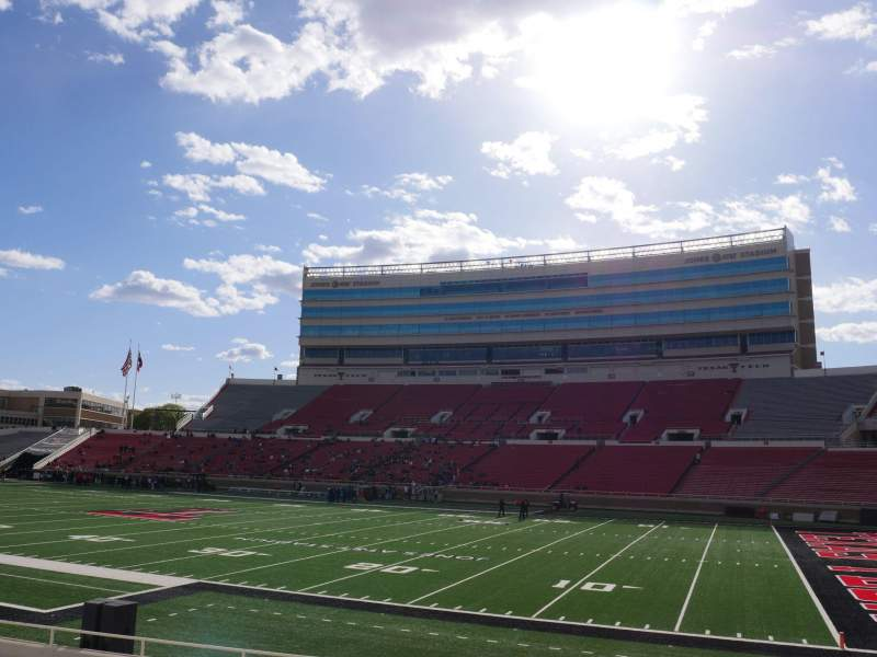 Seating view for Jones AT&T Stadium Section 14 Row 16 Seat 16