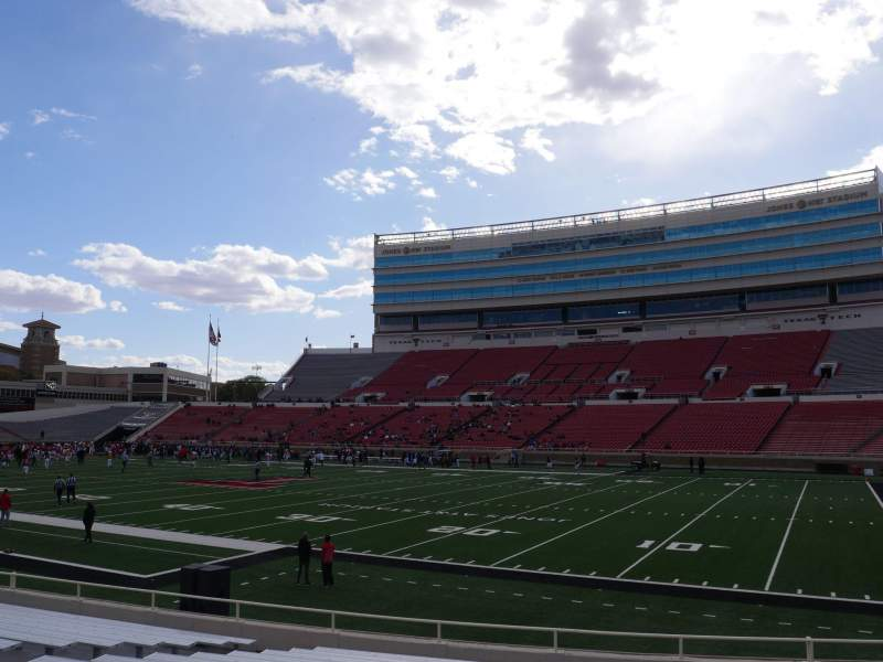 Seating view for Jones AT&T Stadium Section 15 Row 16 Seat 15