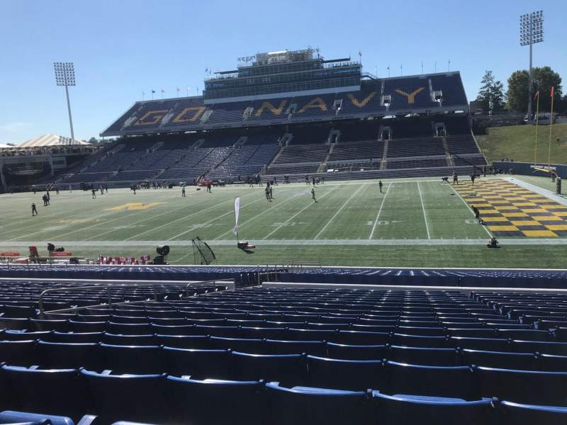 Seating view for Navy-Marine Corps Memorial Stadium Section 26 Row 19 Seat 22