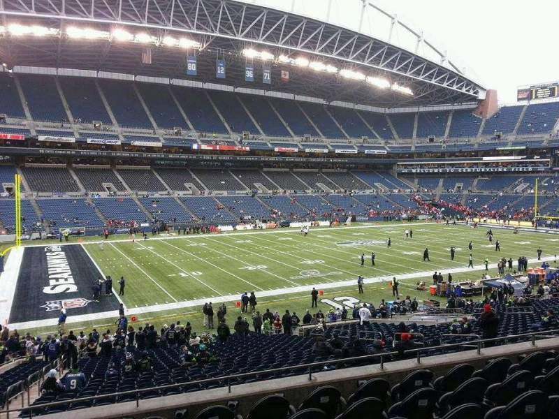 CenturyLink Field, section: 239, row: G, seat: 17