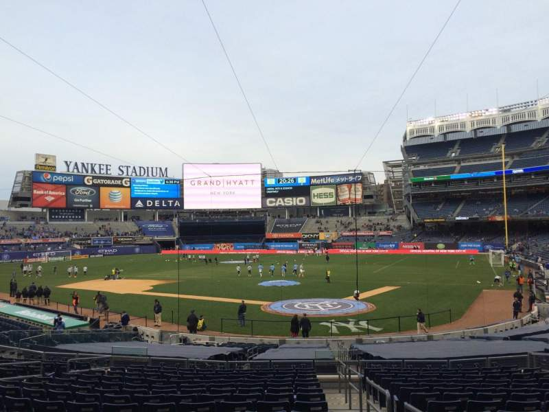 Seating view for Yankee Stadium Section 121a Row 26 Seat 1