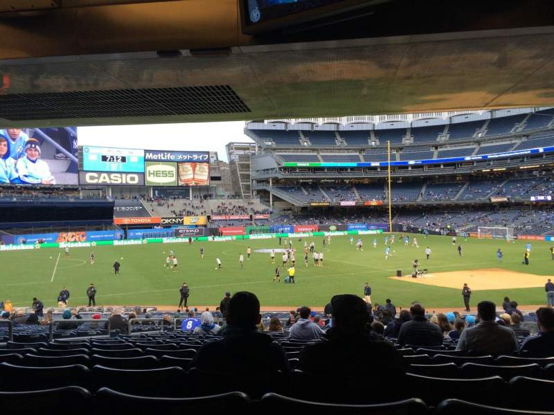 Seating view for Yankee Stadium Section 127b Row 30 Seat 9