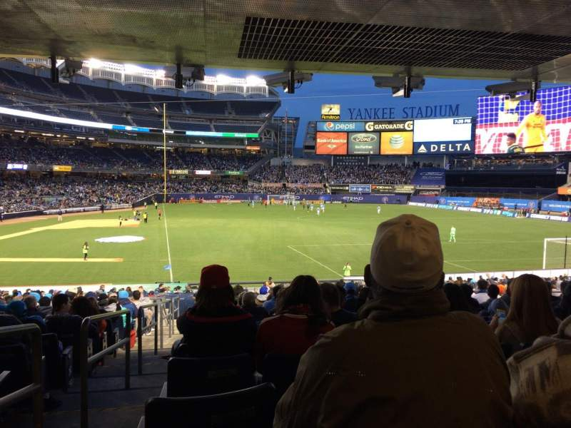 Seating view for Yankee Stadium Section 115 Row 30 Seat 14