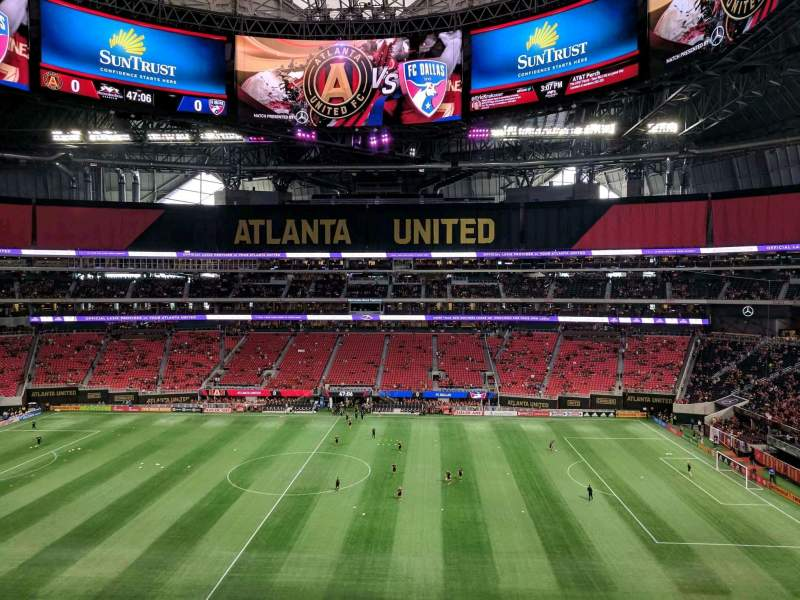 Seating view for Mercedes-Benz Stadium Section 209 Row 4 Seat 9