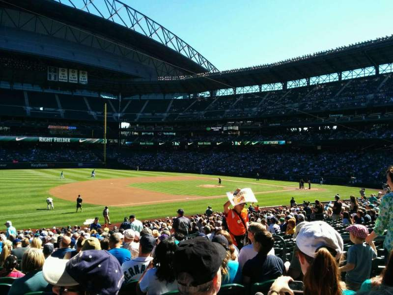 Seating view for Safeco Field Section 142 Row 30 Seat 6