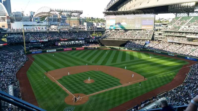 Seating view for T-Mobile Park Section 328 Row 10 Seat 13