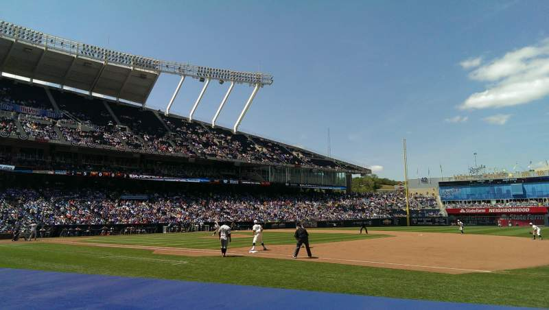 Seating view for Kauffman Stadium Section 140 Row 2 Seat 8