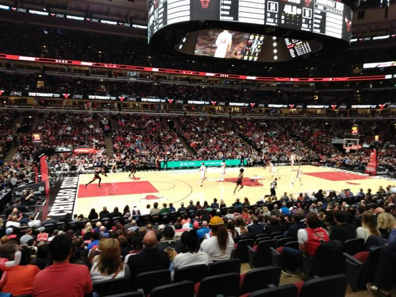 Seating view for United Center Section 113 Row 15 Seat 2